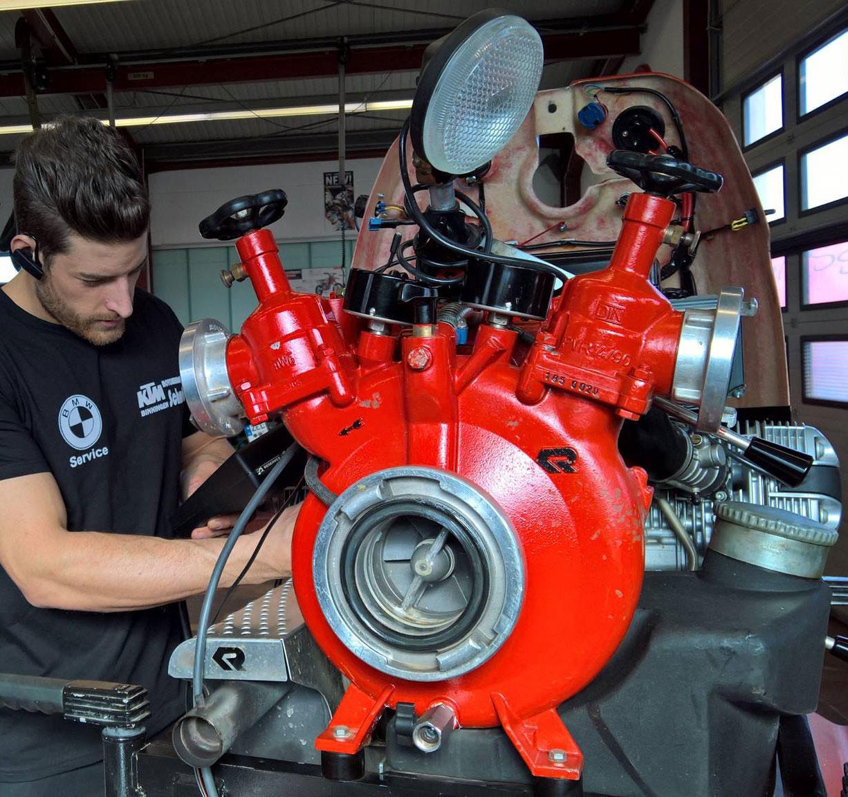 KTM Vertragshändler Motorradsport Schmitt - Wartung & Instandsetzung Magirus und BMW Feuerwehrpumpen